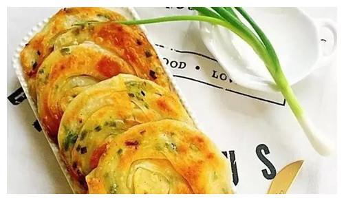 """饺子皮的""""逆天""""新吃法,做起简单又美味,不懂你就亏大了"""
