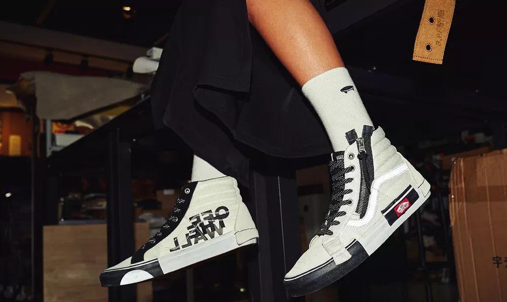 """上新│刘昊然设计的""""小白鞋"""" 全球首发,令人无法抗拒"""