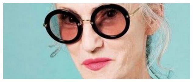 心理学:第一眼哪个老太太看起来最有钱?测你是不是天生富贵命!