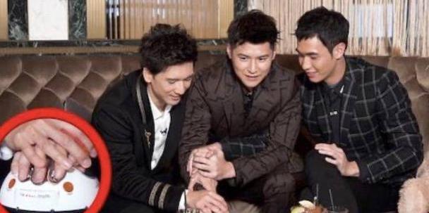 香港男歌手自曝签约前霍汶希必问问题 曾因在内地拍剧一夜爆红