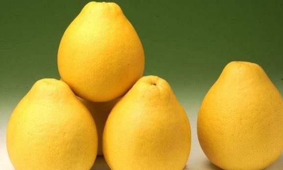原来柚子也分公母?掌握这几种方法,保证挑的柚子,个个汁多肉甜