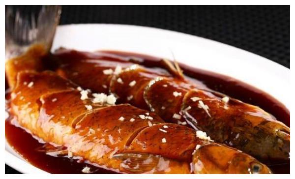 去杭州必点的几大名菜,西湖醋鱼夺冠,定胜糕香甜
