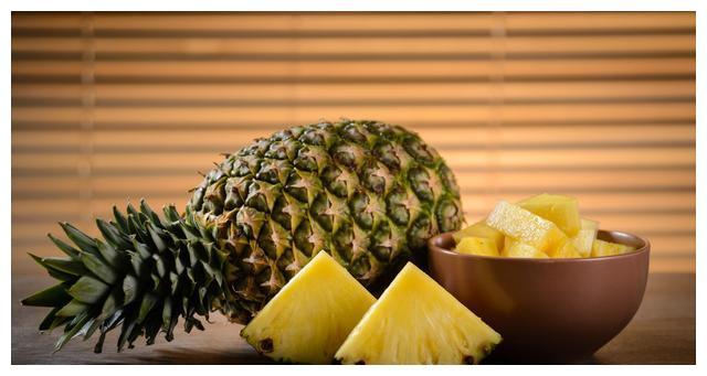 用菠萝、虾仁和大米为您的春节家宴加道菜