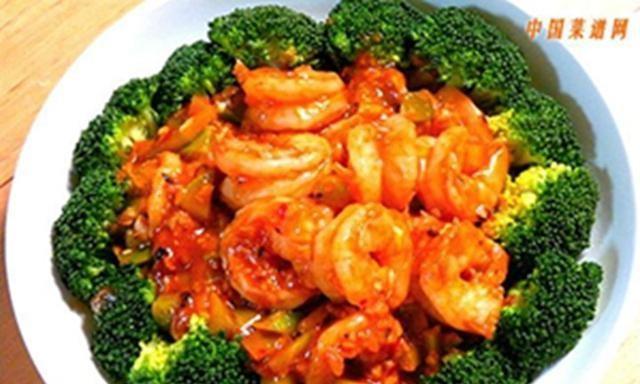 特色川味美食——独蒜烧虾仁,养胃、润肠的的功效,适宜儿童食用