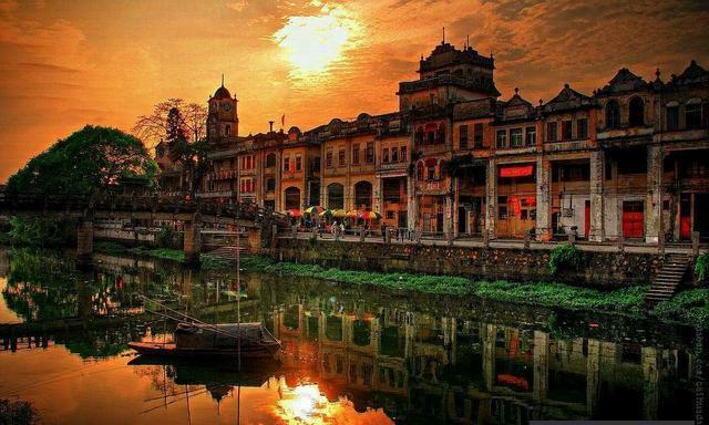 广东开平碉楼:中西合璧的华侨园林式碉楼民居