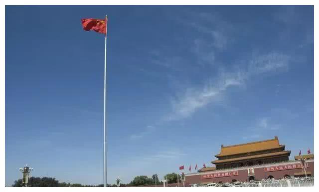 为什么天安门升旗台下会装有一台空调?你能想象会是这样吗