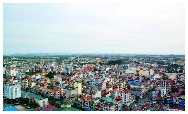 紧跟越南的脚步,尼泊尔推出汉字标语,内容很激动人心!