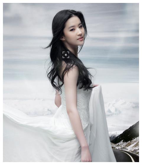 神仙姐姐与韩国欧巴分手原因未知,却发现宋承宪与一女星互动亲密