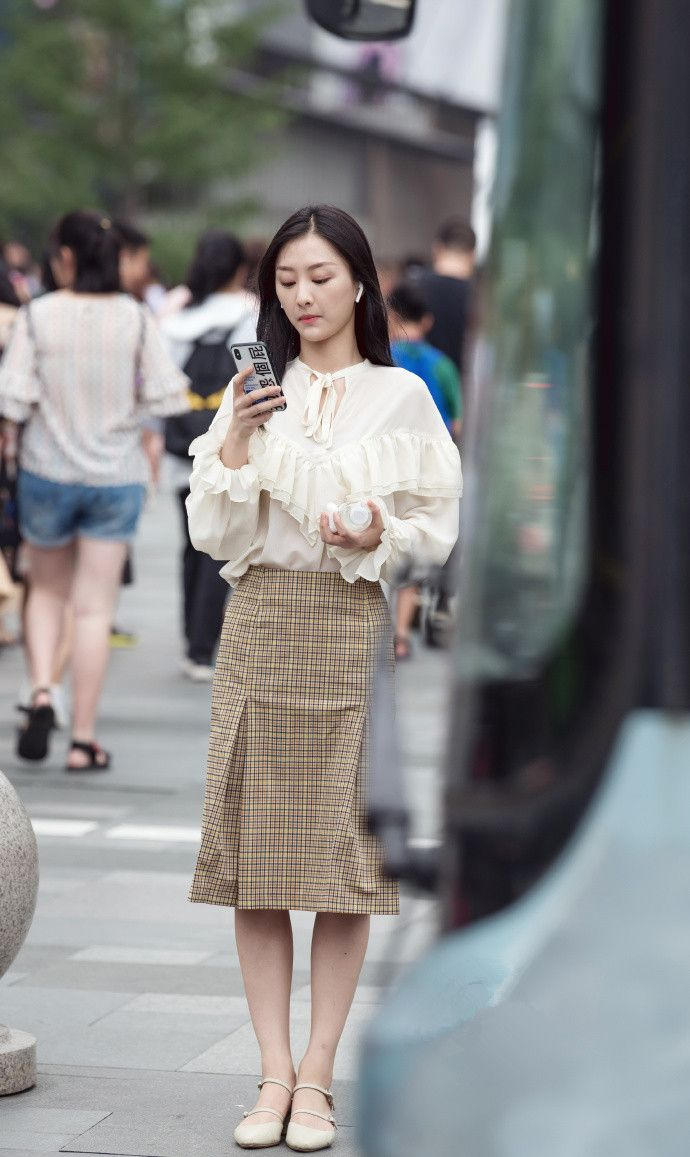 街拍美女知青,已经hold不住了最中国美女图集图片