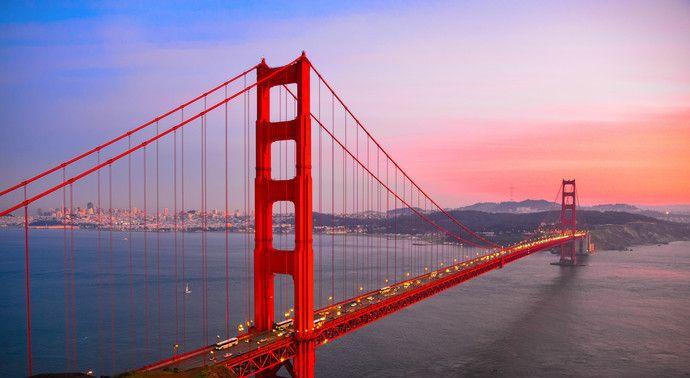 金门大桥,用10万多吨钢材建成,美国旧金山的象征