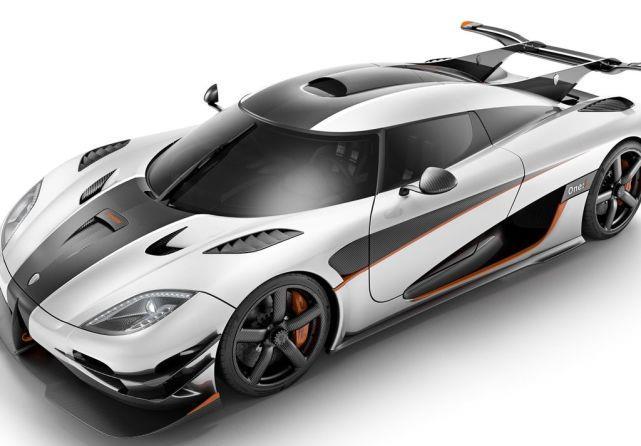 """力帆公子的座驾,号称""""世界上最快的跑车"""",现在却要公开出售?"""