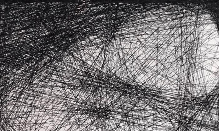 美术生手绘周杰伦,直线打满整张画纸,镜头拉远后:这波厉害!