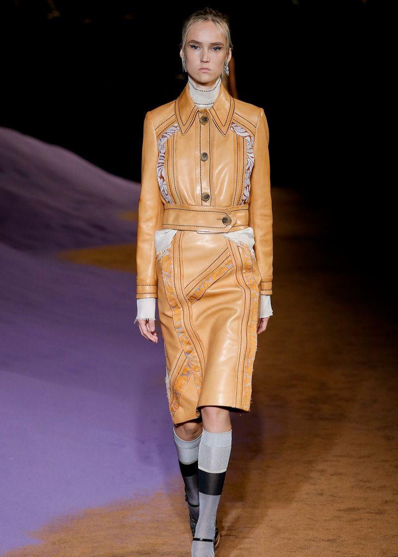 与古老对抗,Prada 想要复兴面料难以置信的美丽