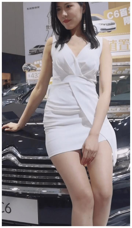 摄影:美女模特穿上连衣裙,能交到这样的女朋友,也是此生无憾了