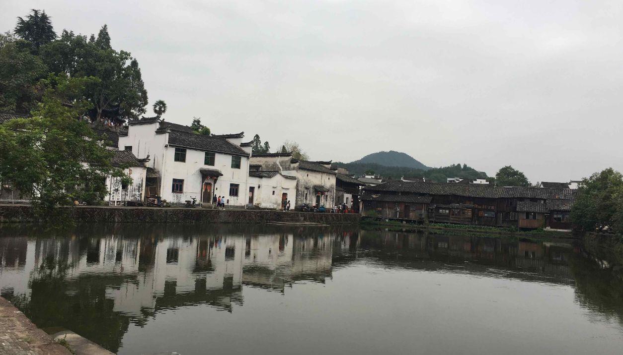 诸葛亮后裔最大的聚居地,基本全姓诸葛,村庄还是八卦布局