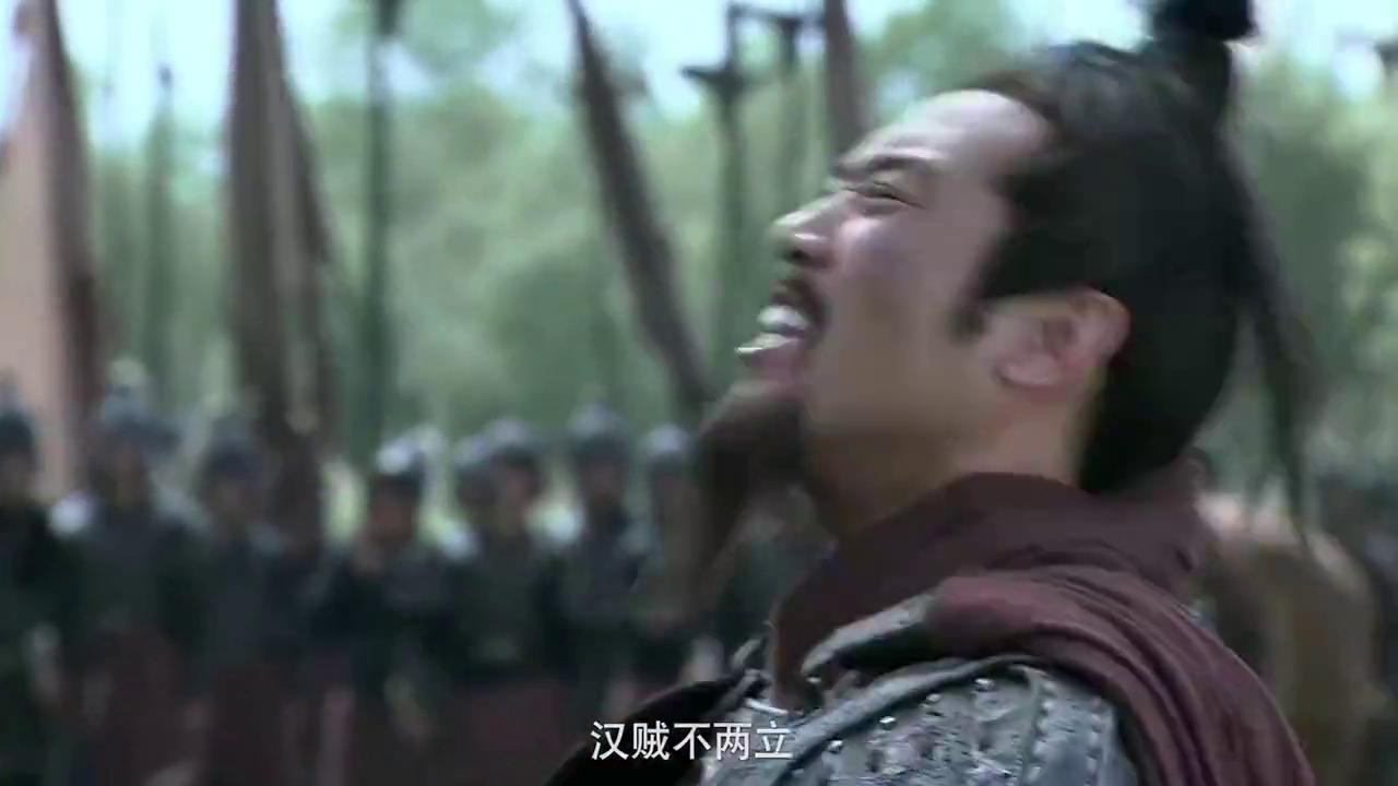 三国:刘备誓与汉贼不两立,许攸夸他真英雄,然后劝他投靠袁绍