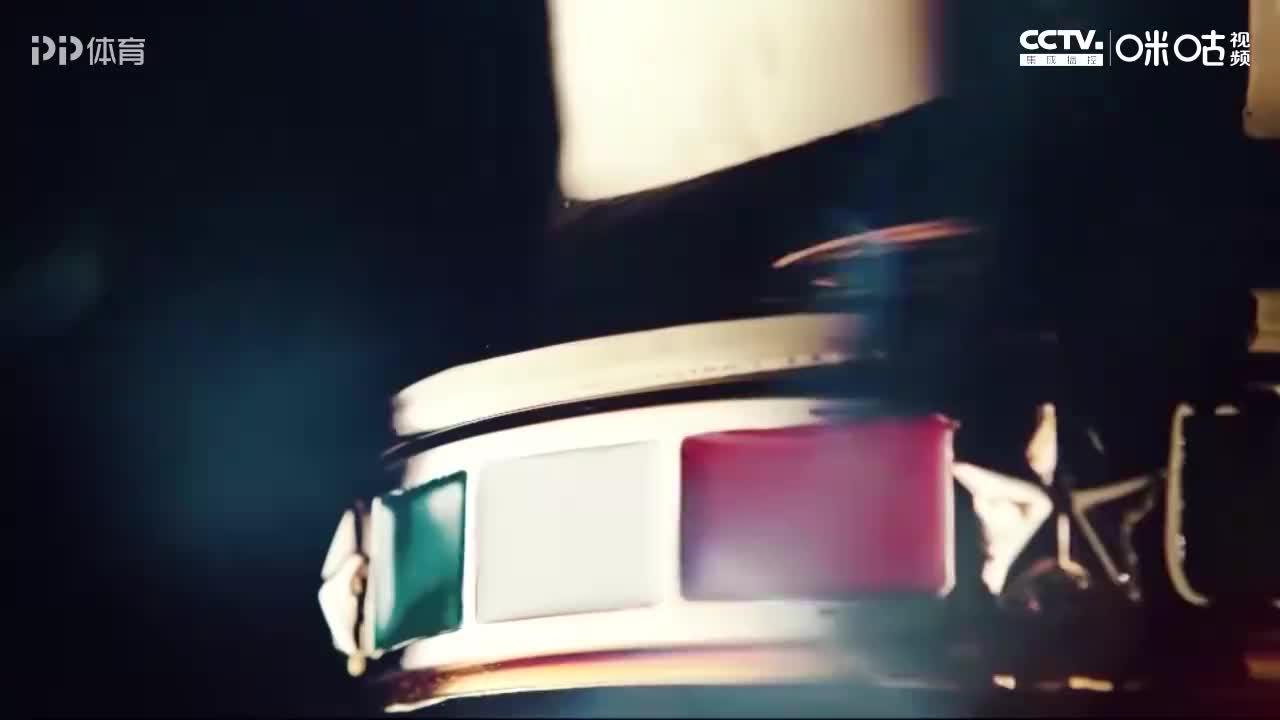 攀崖型前锋C罗斩意杯首球+2020第7球 小红鞋年味满满