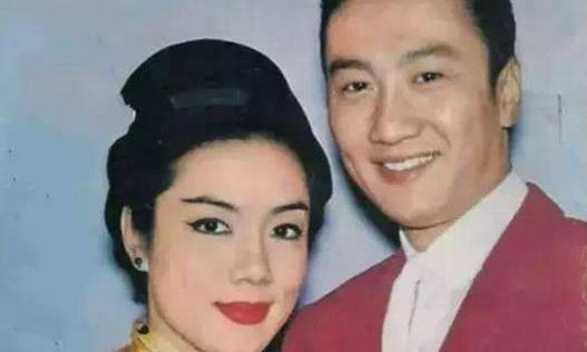 谢霆锋的老爸谢贤,还有女明星南红,都是陈文最早捧起来的