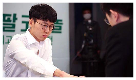 韩国顶尖棋士战第2轮战罢 申真谞速推姜东润豪取23连胜