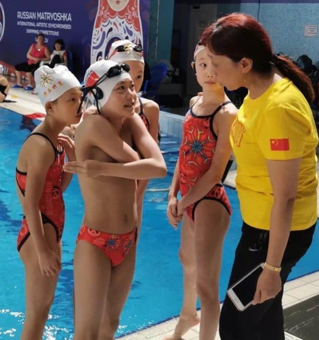 2019年俄罗斯把戏泅水国际锦标赛揭幕,4朵中国小花开眼界