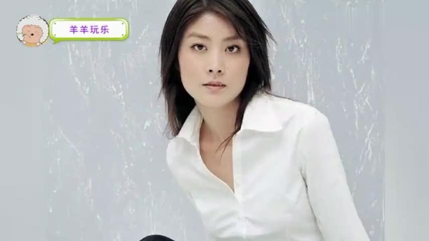 45岁陈慧琳全家近照老公很宠她如今两个儿子好帅气