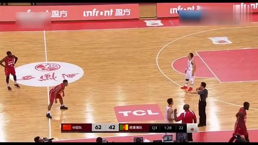 中国男篮vs喀麦隆,越打越顺!赵睿突破后的抛投!