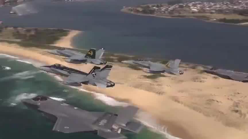 澳大利亚装备F-35A后发现上当:在南半球,几乎无法跨海攻击作战
