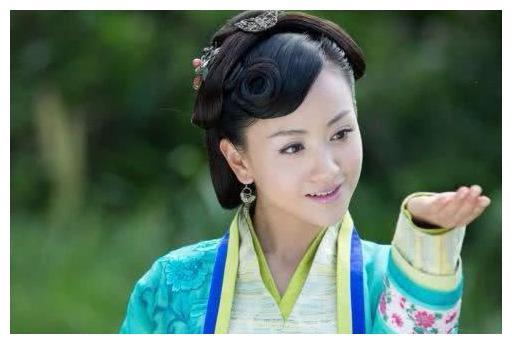 娱乐圈中五大古装女神,杨蓉沉鱼落雁,韩雪闭月羞花