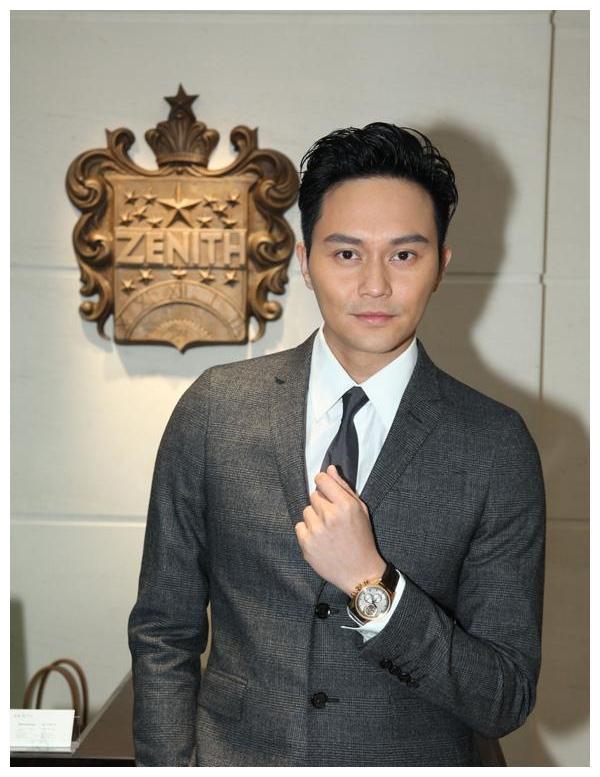 40岁帅叔男星,吴秀波,靳东,张智霖,感觉都帅不过他