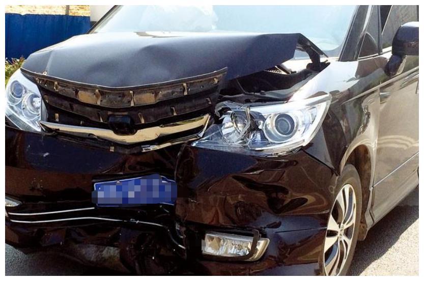 正常行驶被人撞了,可以要求赔偿贬值损失吗?