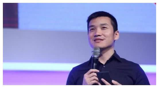 又一中国手机黑马诞生:他创业不到5年,就在海外打败了苹果三星