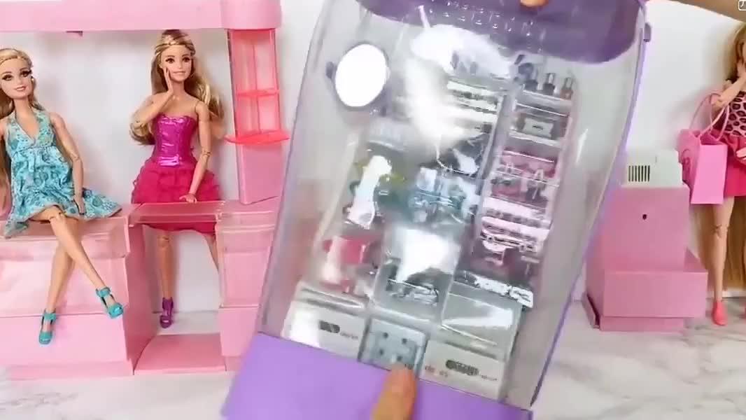 拆装芭比娃娃的化妆品和饰品专卖店,仿真程度真不简单!