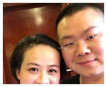 郑敏开启吐槽模式分享老公追剧日常,岳云鹏的胡子和小眼睛遭调侃
