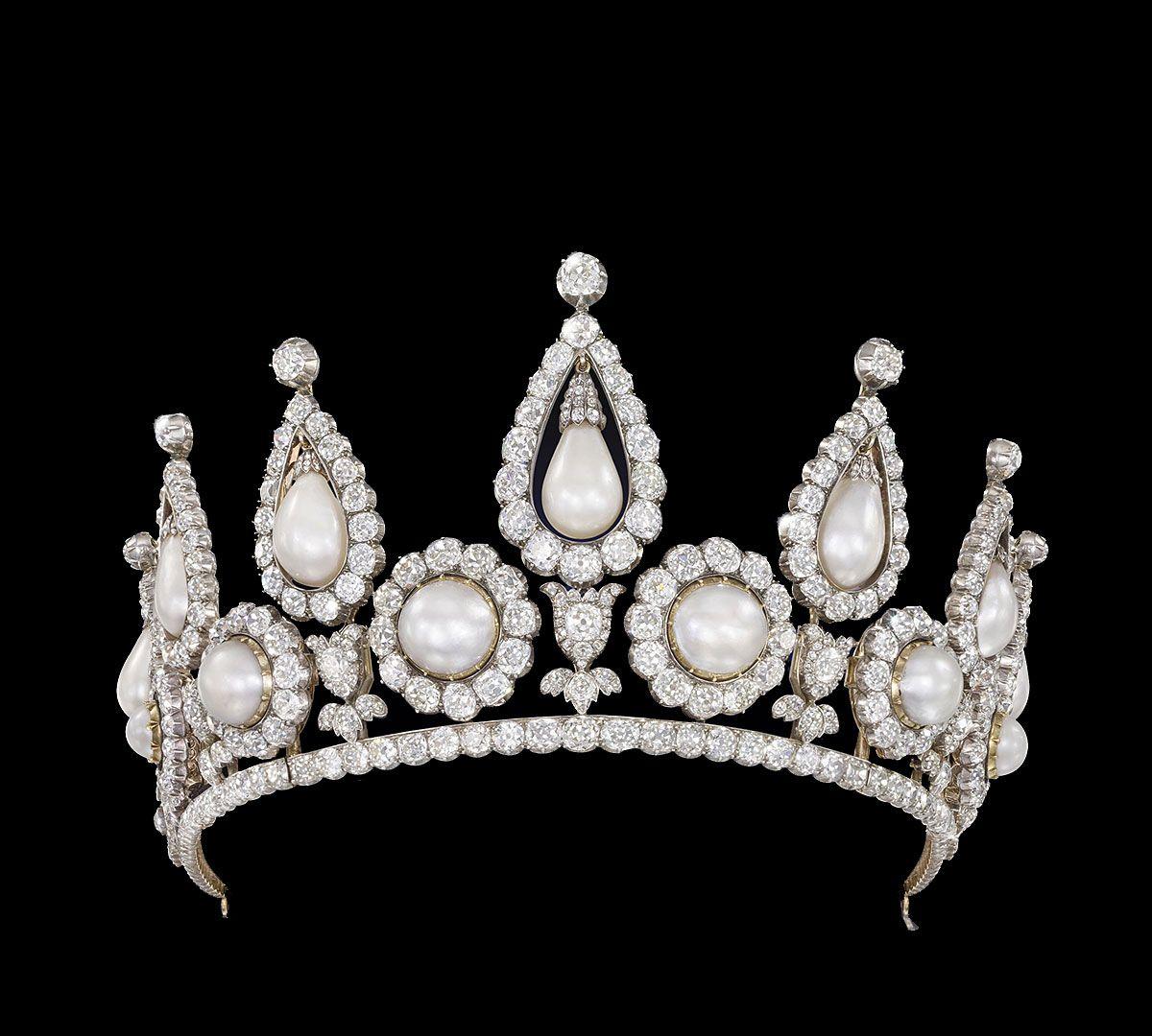 卡塔尔博物馆,典藏珍珠头冠、头饰!有一件曾被戴安娜王妃佩戴!