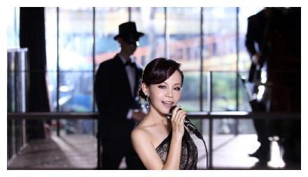 彭佳慧否认离婚,以自己的新歌《关你屁事啊》来呛声爆料者