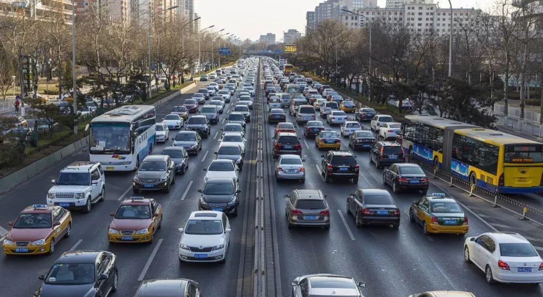 交通部驾驶证加分政策大变革,答题就能加6分,司机真给力