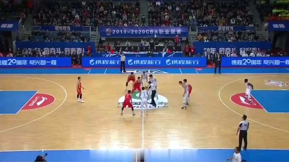 王哲林51分创个人得分新高,国内现役最高分!
