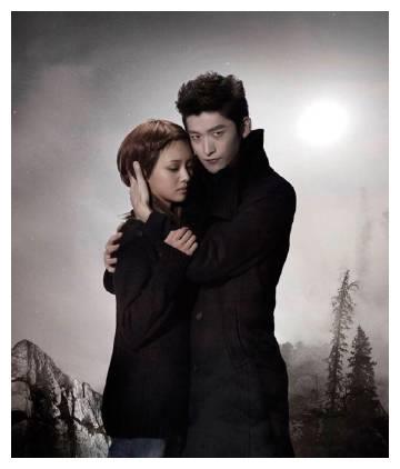 郑爽和张翰感情最好时候cos《暮光之城》,两人对视的时候太甜了