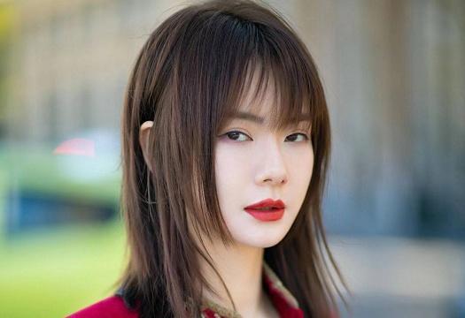 辛芷蕾短发发型图片_2020足彩吧www.bifengo.com