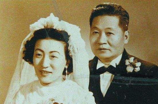 """老照片:图1新婚时的末代格格,图6给慈禧治病的""""江南第一圣手"""""""
