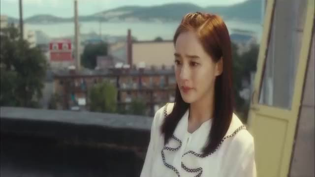 袁华和秋雅相约天台,袁华化身情感博主,秋雅哭的太假了