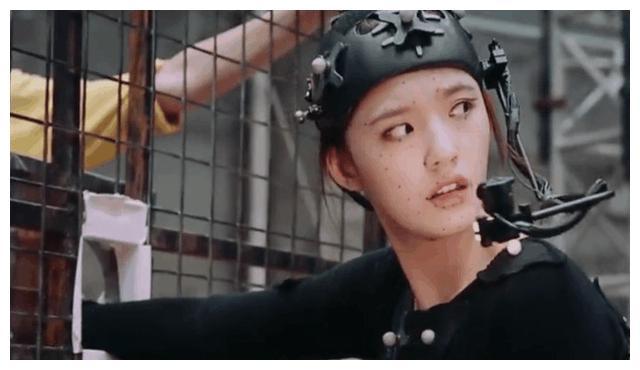 郭敬明《爵迹2》拍摄过程太奇幻,演员满脸黑点并统一服装