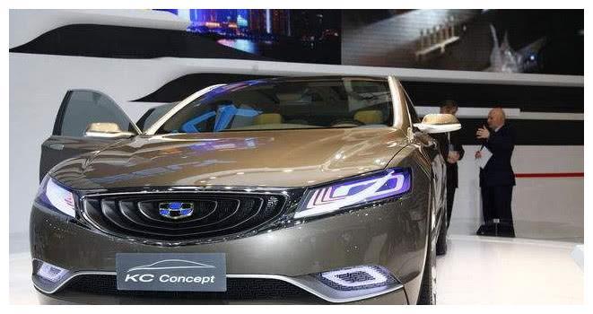 吉利再给国人长脸,全新帝豪升级B级车,车身仅5米,配1.8T