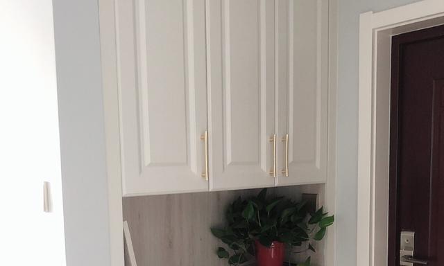 硬装完工啦,坐等家具入场,电视墙贴石膏线条特别好看,分享一下