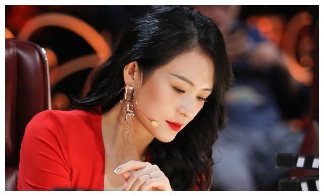 李纯杨蓉海陆同台PK演技,谢娜是助演,网友:已搬好小板凳。