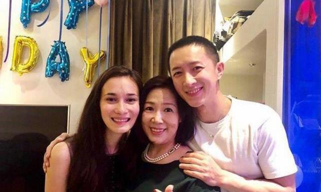 韩庚和《战狼2》女主结婚,太低调被调侃,满屏都是祝福声