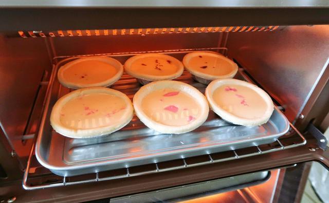 不输网红甜品店的「脏脏蛋挞」!零基础烘焙小白也能操作