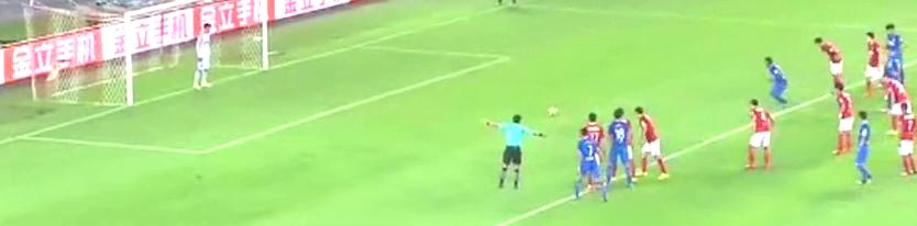 足协杯!7分钟雷纳尔迪尼奥稳稳将点球球罚进,0比1!