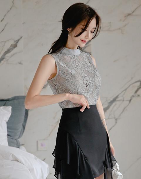 孙允珠——红豆梦纱绒呢花边无袖包臀裙写真