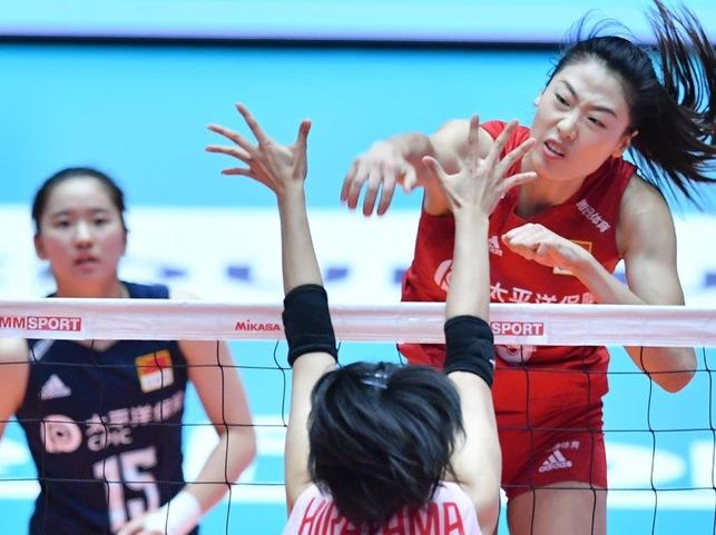 振奋!刁琳宇意外受伤,中国女排小将主打二传位置险胜日本女排